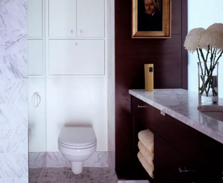 West Village Apartment - Modern Bathroom