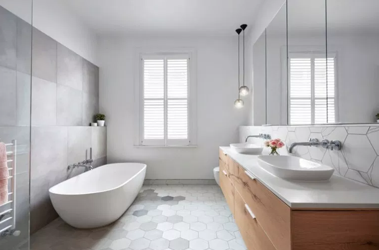 Moonee Ponds Home - Bathroom Sinks