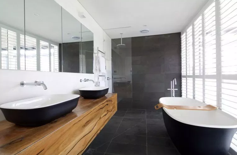 Open Living Spaces. - Bathroom Sinks