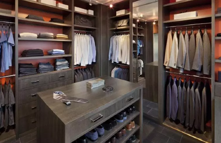 All Wood Men's Walk-In Closet - Walk in Closet Ideas