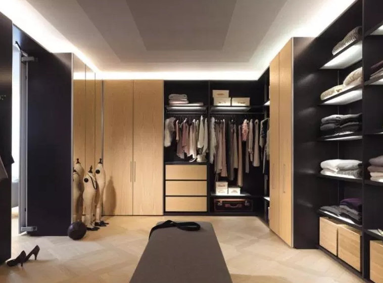 His & Her L-Shaped Dressing Room - Walk in Closet Ideas