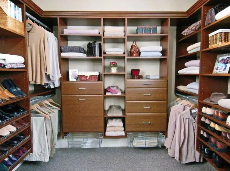 Master with Double Closet Hutch - Walk in Closet Ideas