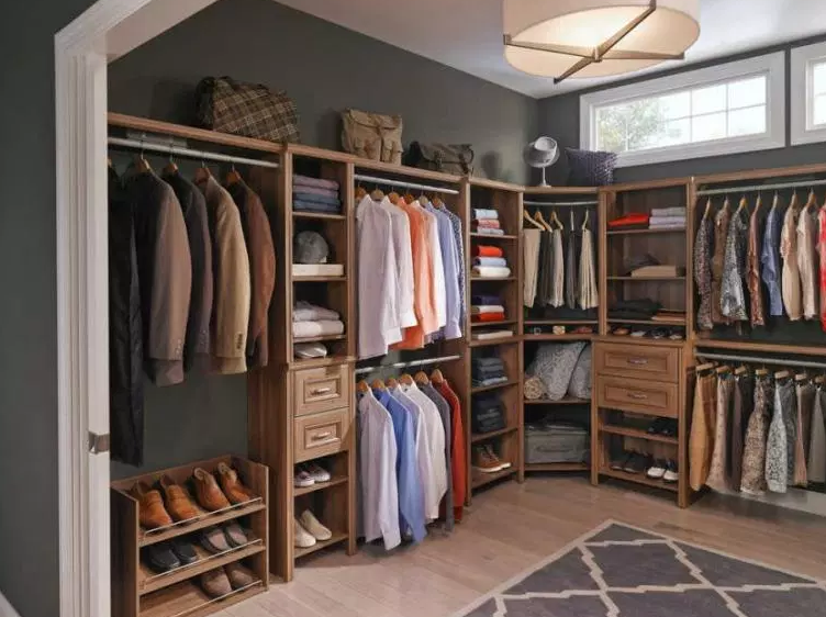 Spare Bedroom Converted to Dream Closet - Walk in Closet