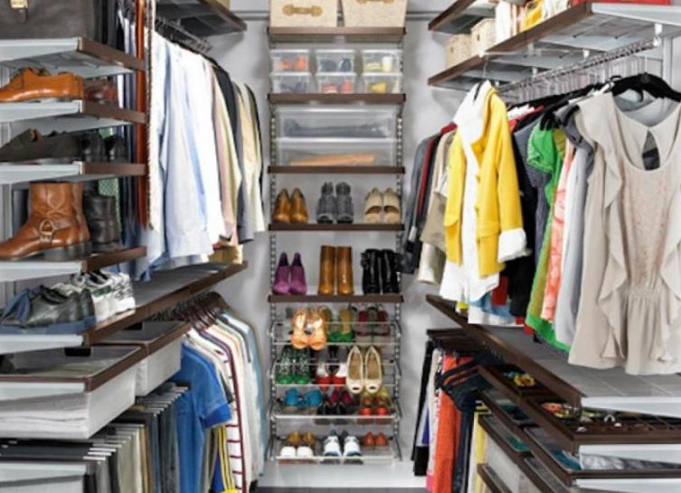 Tiny Walk In Closet Maximizes Space - Walk in Closet Ideas