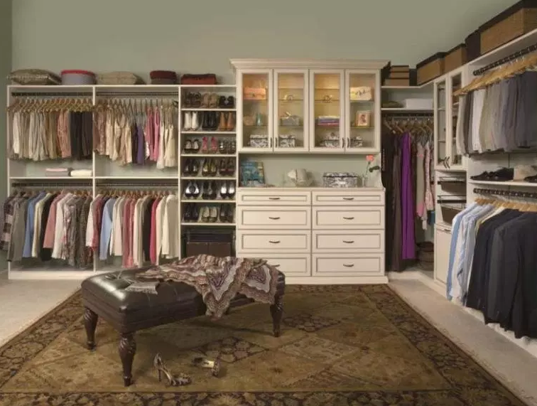 Walk-In with Double Closet Hutch - Walk in Closet Ideas