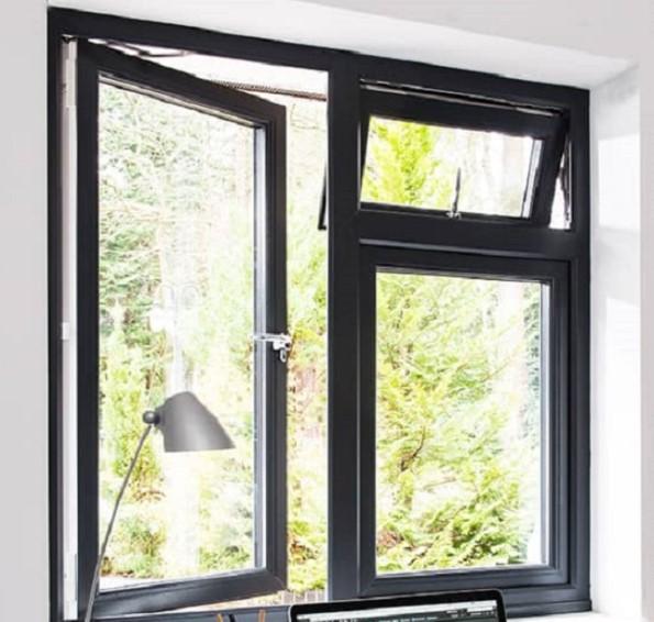 jendela casement untuk ruang kerja