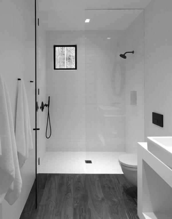 model-jendela-kamar-mandi-warna-putih